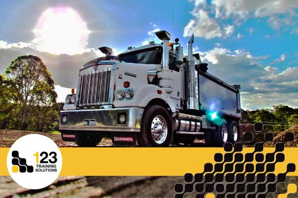 Heavy Rigid Tipper Truck